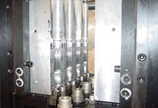 Linear-bottle-blowing-machine-4