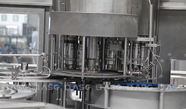 energy-drink-filling-machine-3